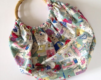 Ladies & Sewing Notions Bamboo Handle Fabric Bag|Rockabilly|Kitsch|Pinup|Retro|Patterns|Spool|Fashion