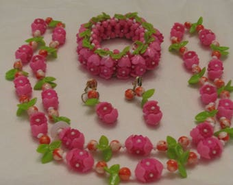 Vintage Pink and Green Plastic Necklace with matching Bracelet and Earrings