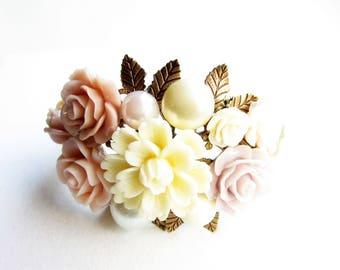 Armreif,Armband,bracelet,cuff,wedding bracelet,flower bracelet,flower wedding,flower bracelet,flower cuff,cream,rose bracelet,rosa,creme