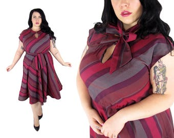 Plus Size Vintage 1970's Fit and Flare Striped Dress - Size 1X