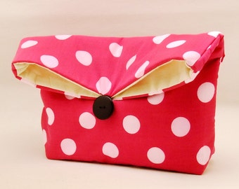 Foldover clutch, Fold over bag, clutch purse, evening clutch, wedding purse, bridesmaid gifts - Polka dots on hot pink (Ref. FC23 )