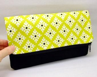 Foldover zipper clutch, zipper pouch, wedding purse, evening clutch, bridesmaid gifts set - Beautiful pattern (Ref. FZ28)