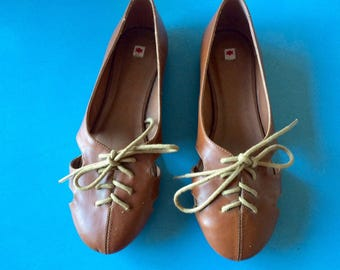KLING - Vintage Brown Tie Shoes/Flats/Sandals - 6.5/37