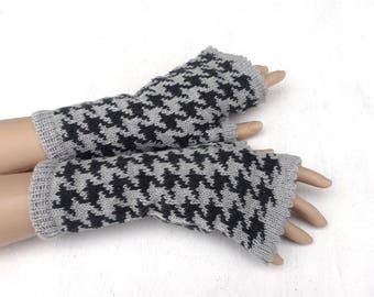 Fingerless gloves, knit colorful gloves, women arm warmers, gray  fingerless mittens, winter gloves, spring wrist warmers, clothing