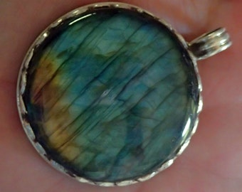 Round Labradorite Pendant in Sterling Silver