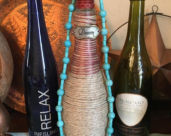 Turquoise color beaded necklace