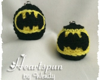 Batman Inspired EOS Lip Balm Holders in 2 Styles with clip to attach to a key chain or bag.  Hand crocheted, fits eos or similar lip balm.