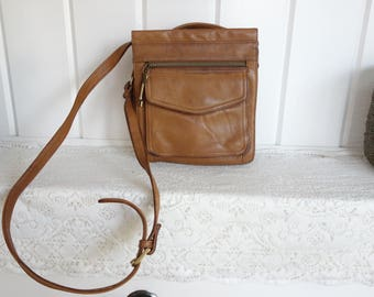 Caramel Whiskey Brown Fossil Skeleton Key Fob Distressed Leather Purse Crossbody Cross Body Brass Buckle Shoulder Bag