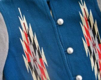 Chimayo Blanket Jacket Vintage 50s Hand Woven Wool Julius Gans Ganscraft TRIBAL Southwestern DESIGN Teal Grey Sleeves Pockets Silver Buttons