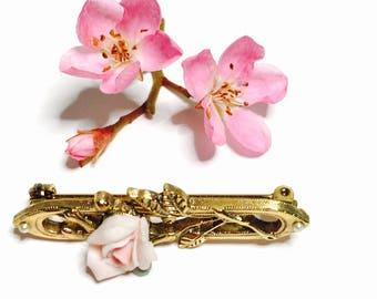 Victorian Flower BROOCH, Art Deco, Gold Tone, Clearance Sale, item no. B225