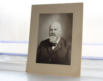 Victorian Man Cabinet Card Photograph Antique 1800s