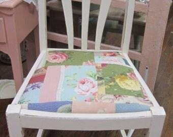 Shabby Farmhouse Creamy White Chair Fabric Seat Shabby Chic Prairie Style Pink Roses