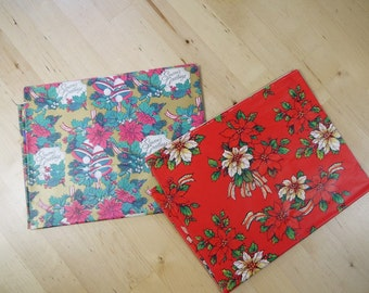 Vintage 70s/80s Christmas Wrapping Paper