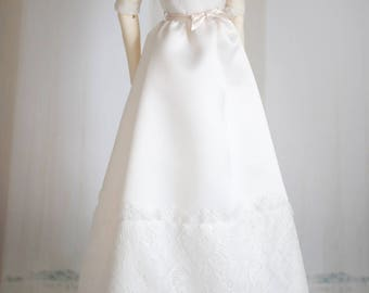 Ava gown . OOAK SD16 off-white duchesse satin wedding dress with eyelash lace bodice and bow belt (choice of veil)