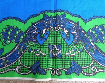 """Vintage Peacock Print Fabric 3+yds by 42"""" wide Tablecloth Fabric Midweight Cotton 1960s"""