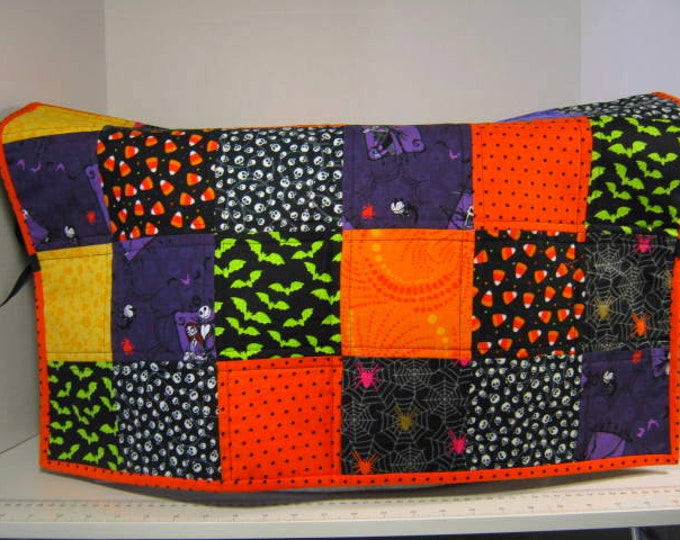 Halloween Quilted Large Sewing Machine Dust Cover, 26 Inches Long, JDCreativeHands