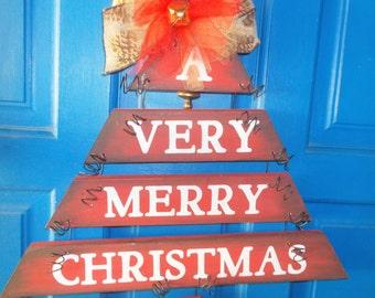 Christmas Tree, Holiday Door Hanger, Rustic Christmas Sign, Plank Art, Holiday Decor, Christmas Decor, Christmas Door Hanger, Christmas Sign