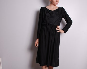 80s medium little black dress knee length long sleeve work dress night out fashion womens vintage clothing Sherri Classic