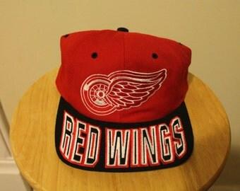 Detroit red wings starter snapback script logo NHL hockey hat