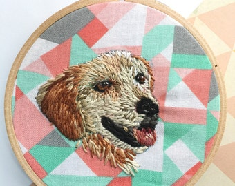 Embroidered Golden Retriever Dog Portrait, Abstract Pattern, Thread Painting, Embroidery Hoop Art, Pet Owner Gift, Animal Lover Present