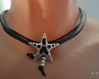 Leather chain with star black-grey