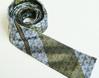 1950s tie, mens vintage fashion, skinny necktie, slim ties, square end ,  narrow tie, , olive green tie,Klipper cravat, NZ tie,