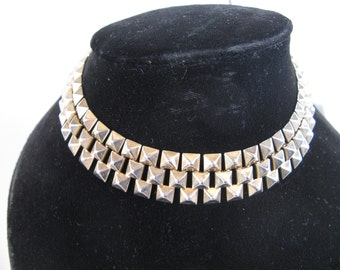 vintage 12 inch goth choker with metal pyramids
