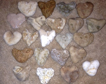 22 Lg/XL Heart Shape Beach Stones Wedding Favor/Decor Bridal Gifts B13