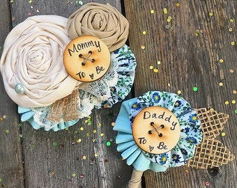 Baby Shower Pin Set // Rustic Mommy Daddy to be Pin Set // Co-Ed Baby Shower //  Custom Made Set