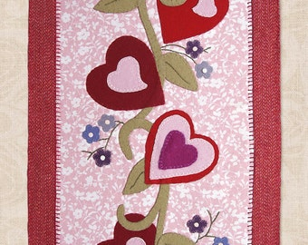 "PATTERN ""Hearts Divine"" VALENTINE Wool Applique' Table Runner or Banner"