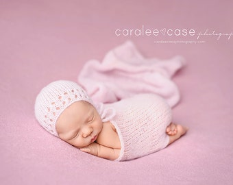 Brushed alpaca wrap and bonnet Newborn photography wrap Brushed alpaca bonnet Newborn knit wrap Newborn photo propsStretch knit alpaca wrap