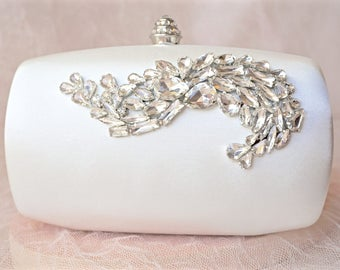 Ivory Satin Rhinestone Clutch,Ivory Bridal Clutch,Ivory Wedding Clutch,Ivory Crystal Clutch,Bridal Purse,Wedding Purse,Rhinestone Purse