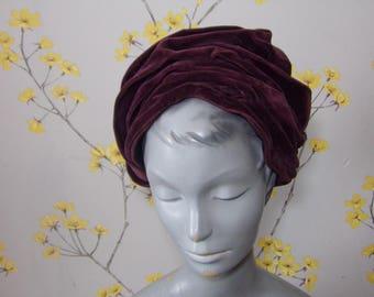 Vintage early 1930s Turban Style Hat Vintage Plum Velvet Ladies Hat Vintage Pleated Toque Purple