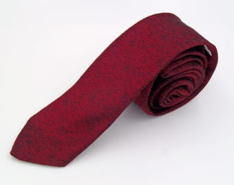 Vintage 1980s Skinny Red and Black Viscose Tie by Expressions