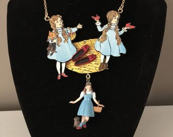 Spectacular Dorothy Necklace