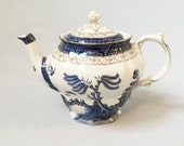 Vintage Booths Real Old Willow tea pot A8025 Blue and white china teapot Willow pattern