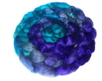 Wensleydale Wool Roving Hand Dyed Blue Multicolor Spinning Felting Fiber 3,7 oz 105 gm