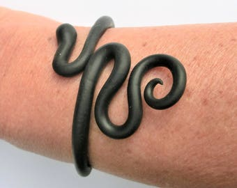 Black snake bracelet/ Fimo (polymer clay) flexible snake around the arm/ can bend open to put on