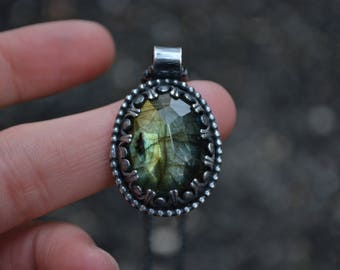 Labradorite Necklace, Rose cut Labradorite, Rose Cut Labradorite Necklace, Labradorite, Sterling Silver, Silver Labradorite Necklace