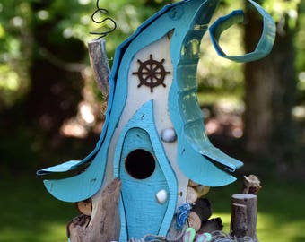Bird house, birdhouse, nautical birdhouse, beach decor, nautical decor, functional birdhouse in custom colors