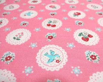 Japanese Fabric YUWA Circle Flower Bired CherryPink Fat Quarter