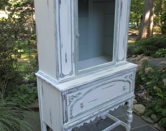 Gorgeous, Vintage China Cabinet