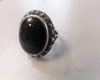 Vintage Black Onyx Sterling ring with Marcasites size 6 3/4