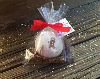 Holiday Bath Bomb, GingerBread Bath Bomb, Christmas Gift, Holiday Gift, Stocking Stuffer Gift