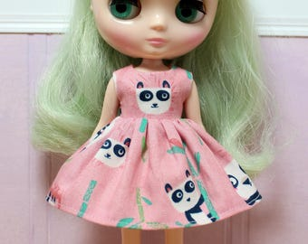 BLYTHE Middie doll Its my party dress - pink panda party