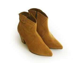 Women boots, Women booties, Mustard suede boots, Mustard Heel Boots, Ankle boots 9, 6, 8, Boho boots, Heel  Booties, Womens boots