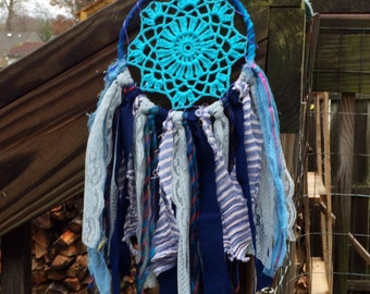 medium blue hue dreamcatcher
