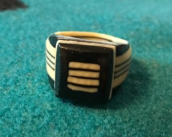 Vintage Celluloid Bakelite Folk Art Prison Ring by Bob Dodd (Size 7) - Marked 1967