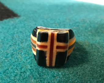 Vintage Celluloid Bakelite Folk Art Prison Ring by Bob Dodd (Size 7)