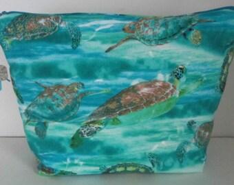 Turtles print purse, Turtles print fabric purse, Clutch purse, Travel purse, Makeup bag